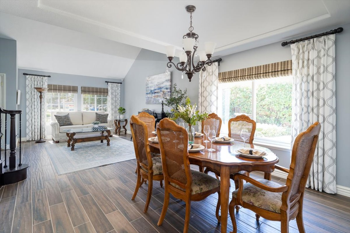 26785 Miguel Ct Dining Room For Sale