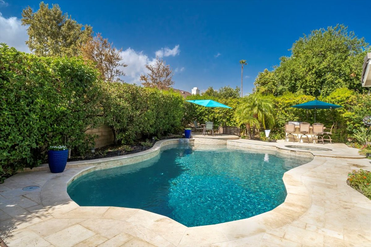 26785 Miguel Ct Pool For Sale