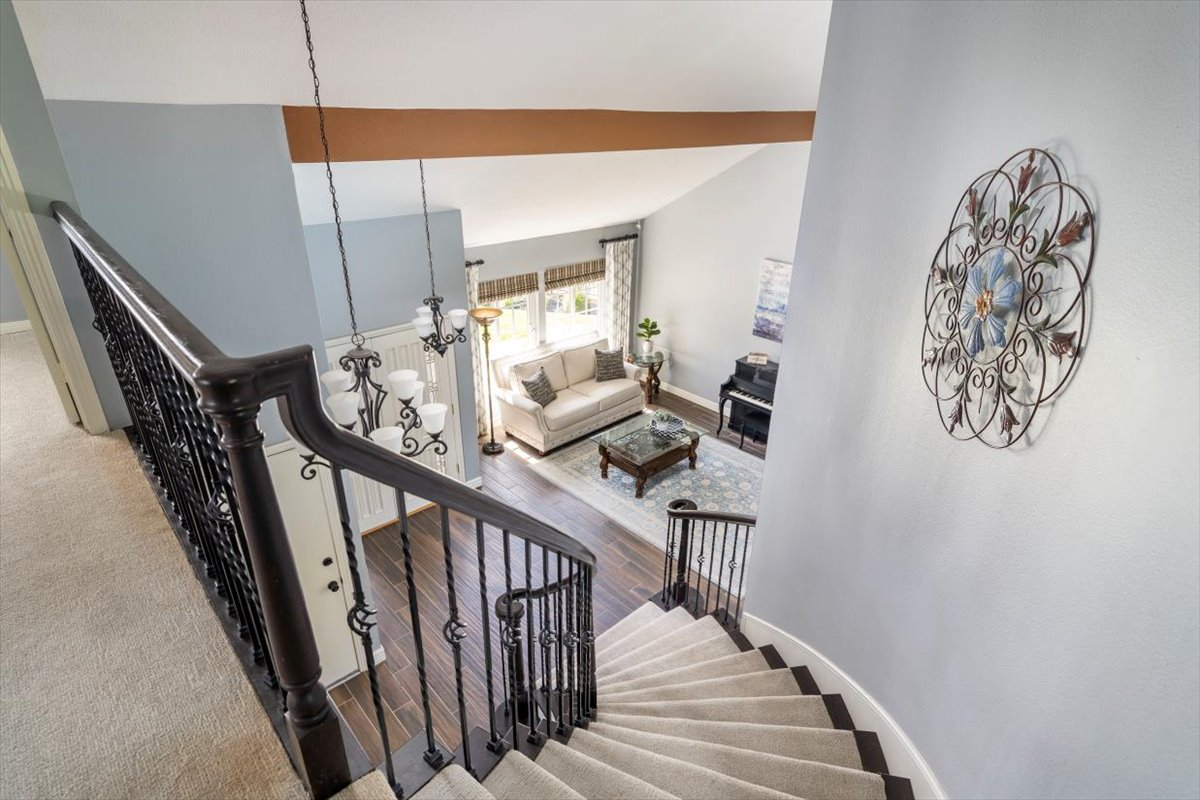 26785 Miguel Ct Staircase For Sale