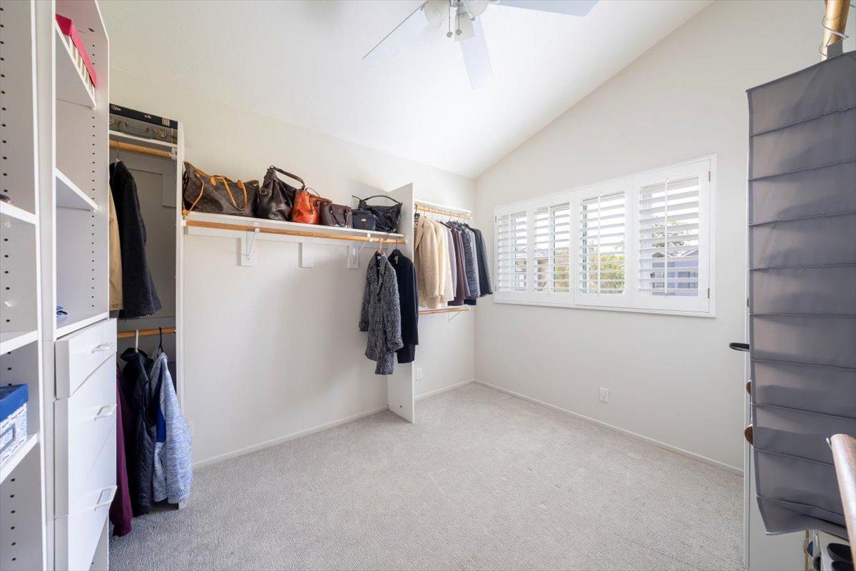26785 Miguel Ct Closet For Sale